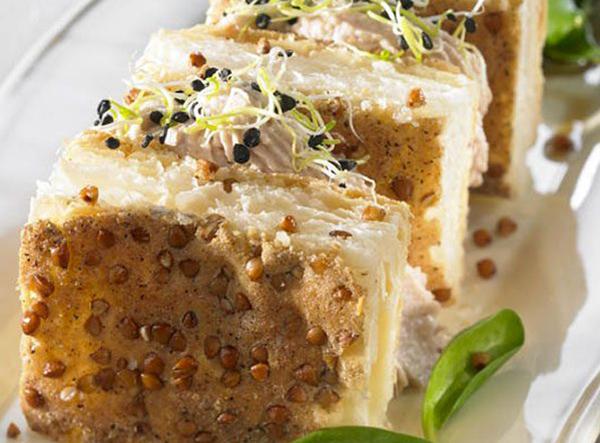 Mille feuille au sarrasin, crème de Pâté Hénaff