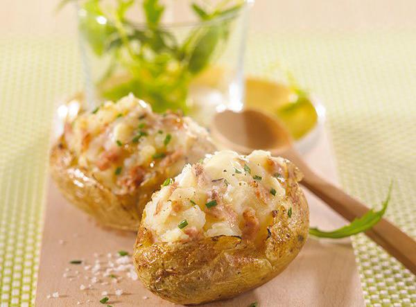 Pommes de terre farcies au Pâté Hénaff